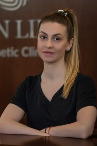 Милена Василева - екип Skin Line София